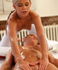 massagerooms lola and ally